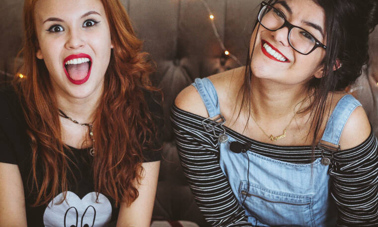 4 fun πράγματα να κάνεις σε ένα girls' night στο σπίτι