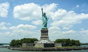Εσείς ξέρατε ότι το Άγαλμα της Ελευθερίας είχε αρχικά άλλο χρώμα; (photos+video)