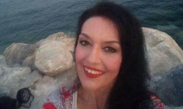 Ελένη Φιλίνη: Ποζάρει με μαγιό και προκαλεί... εγκεφαλικά (photos)