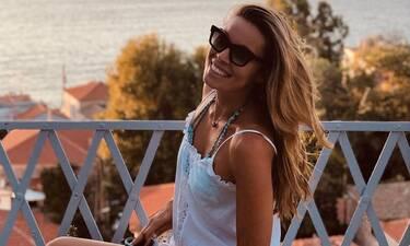 Μαριέττα Χρουσαλά: Το φωτογραφικό άλμπουμ των διακοπών της στη Χίο (photos)