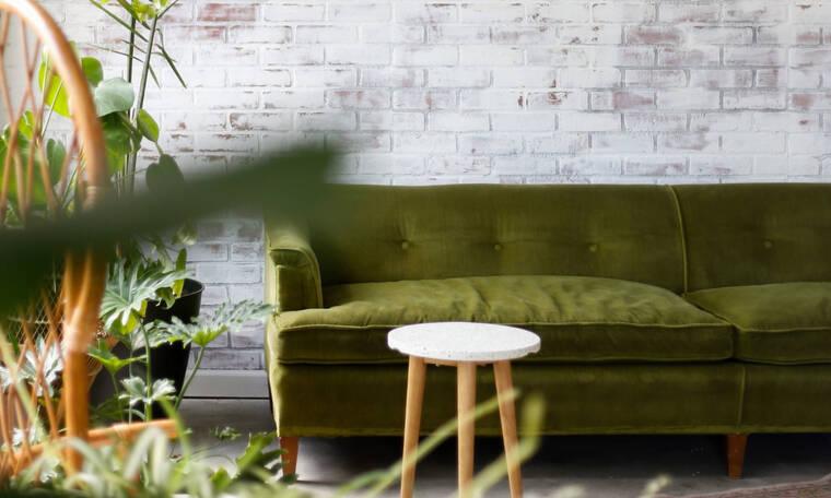 Διακόσμησε το σαλόνι σου με πράσινες αποχρώσεις και μπες από τώρα στο mood του Φθινοπώρου