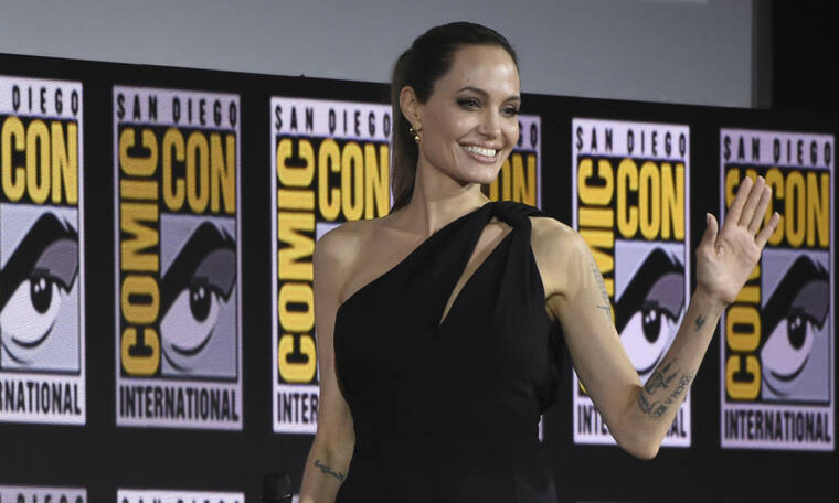 H Angelina Jolie κατηγορείται ότι προσπάθησε να χωρίσει το πιο όμορφο ζευγάρι της showbiz