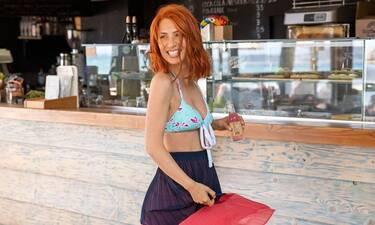 Δείτε τη Μαρία Ηλιάκη να χορεύει κρητικά και θα πάθετε πλάκα (video)