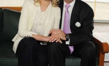Και ενώ τους χωρίζουν, εκείνη ανέβασε την πιο τρυφερή φωτό του γάμου τους, ανήμερα της επετείου τους