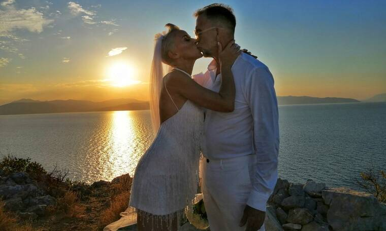 Πάνος Μεταξόπουλος: Γαμπρός στα λευκά! Το φωτογραφικό άλμπουμ του γάμου του (photos&video)