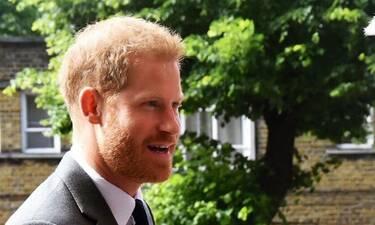 Κατηγορούν τον πρίγκιπα Harry για περιβαλλοντική επιβάρυνση- Η απάντησή του (videos)