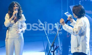 Ελευθερία Αρβανιτάκη - Γιάννης Κότσιρας: Μάγεψαν το κοινό στην τελευταία συναυλία τους (photos)