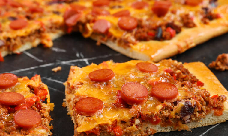 Chili dog pizza από τον Γιώργο Τσούλη