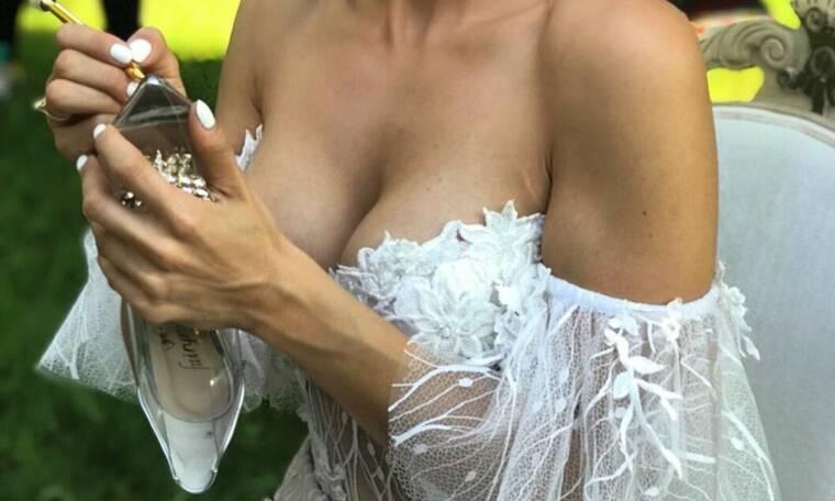 Ελληνίδα τραγουδίστρια παντρεύτηκε και αυτά είναι τα πρώτα στιγμιότυπα από το γάμο της (photos)