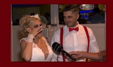 Γωγώ Γαρυφάλλου: Ντύθηκε νυφούλα, έκλαψε και χόρεψε στα τραπέζια (Video)