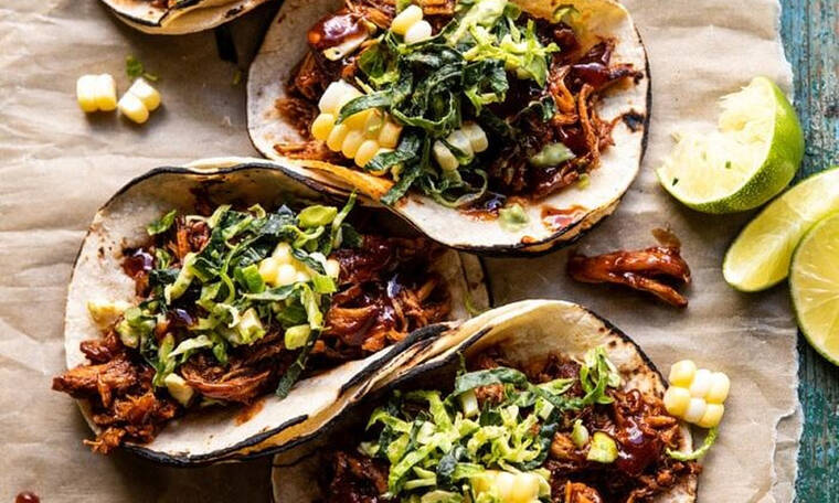 Tacos με κοτόπουλο και σος bbq