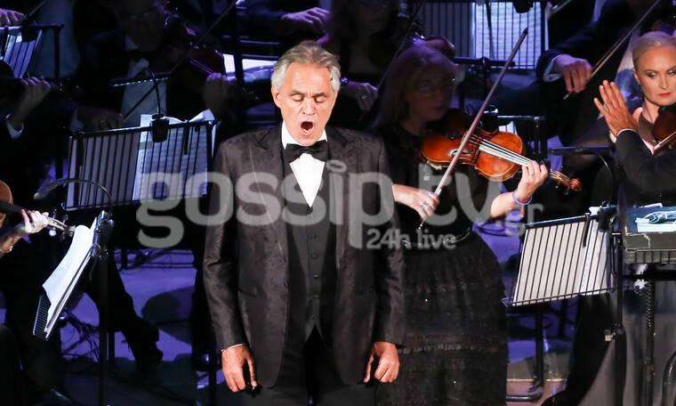 Andrea Bocelli: Όλη η elite και όχι μόνο καταχειροκρότησε τον σπουδαίο τενόρο στο Ηρώδειο (photos)