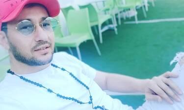 Πάνος Καλίδης: «Θα κάνω ανοιχτό γάμο. Το 2020 είναι δίσεκτο, οπότε σκοπεύω να παντρευτώ το 2021»