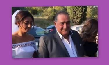 Συγκίνηση για τον Βασίλη Καρρά! Η στιγμή που παραδίδει την κόρη του & η αφιέρωση του Ρέμου (Vid)