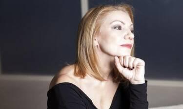 «8 λέξεις»: Πέμυ Ζούνη: «Αγαπώ τη Ναυσικά γιατί δεν έχει τίποτα κοινό με εμένα» (photos)