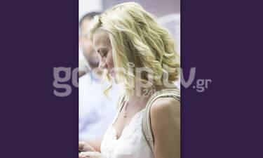 Ζέτα Μακρυπούλια: Το μαλλί στην τρίχα αλλά μόλις δεις το ντύσιμο θα σε… χαλάσει! (Photos)