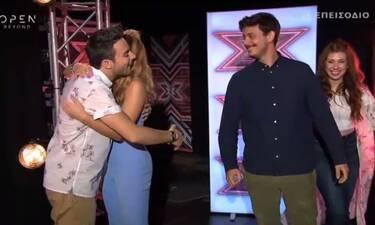 X-Factor: Ο απίστευτος ενθουσιασμός του Άρη Μακρή όταν είδε ποια πήγε στο ριάλιτι! (video)