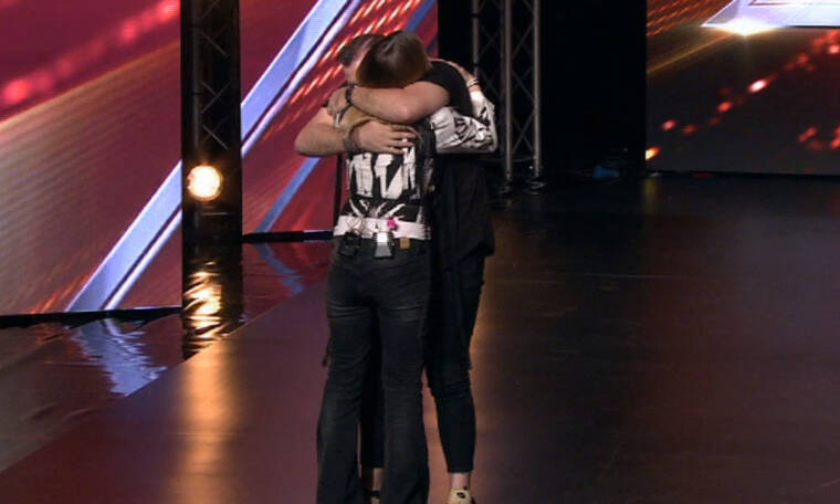 X Factor: Έκανε ερωτική εξομολόγηση στην Ασλανίδου: «Σε λατρεύω.Είσαι η μεγάλη μου αγάπη» (pics+vid)