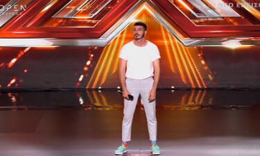 X Factor: Σου θυμίζει κάποιον; Κι όμως τον έχεις ξαναδεί! Η αποκάλυψη από τον Γιώργο Θεοφάνους (Vid)