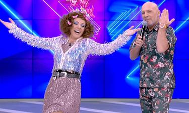 Νίκος Μουτσινάς: Ο ξέφρενος χορός του με το «Αμαρτίες-Έλα, Έλα» και η δημόσια ανακοίνωσή του (video)