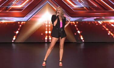 X Factor: Η παίκτρια με το σορτσάκι και η απίστευτη κίνηση του Τσαουσόπουλου! Δε φαντάζεστε τι έκανε