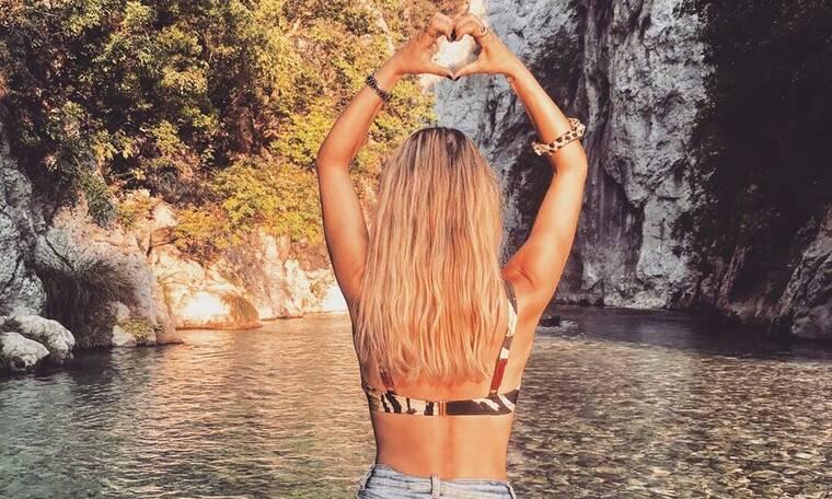 Ελληνίδα ηθοποιός κάνει διακοπές και... δημόσια ερωτική εξομολόγηση στον σύντροφό της! (photos)