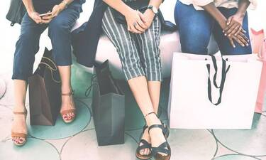 «Βόμβα»: Κλείνει πασίγνωστη αλυσίδα γυναικείων ρούχων (pics)
