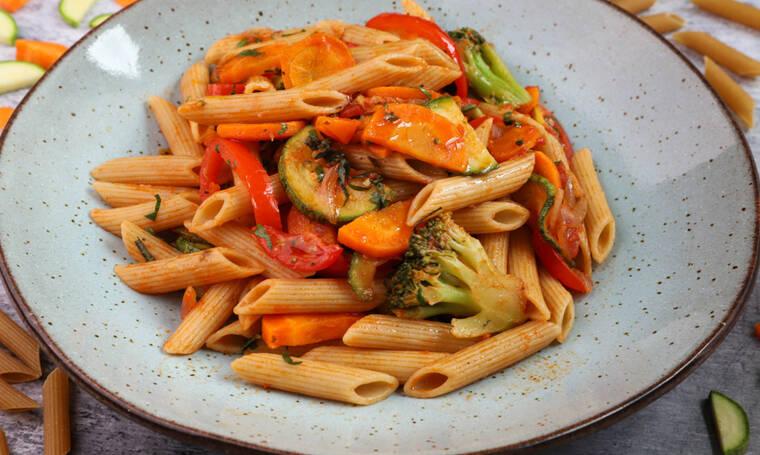 Πένες ολικής με λαχανικά και μυρωδικά από τον Γιώργο Τσούλη
