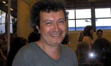 Πέτρος Τατσόπουλος: Διασωληνωμένος στην εντατική μετά το χειρουργείο! Το ιατρικό ανακοινωθέν (pics)