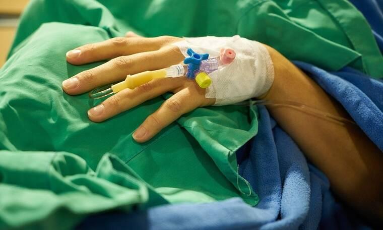Ελληνίδα παρουσιάστρια στο νοσοκομείο! Η ανησυχητική ανακοίνωση και η κατάσταση της υγείας της!