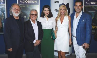 Λαμπερή πρεμιέραγια την ταινία του Γαβρά, με τα κοστούμια του Τάκη Γιαννέτου (photos)