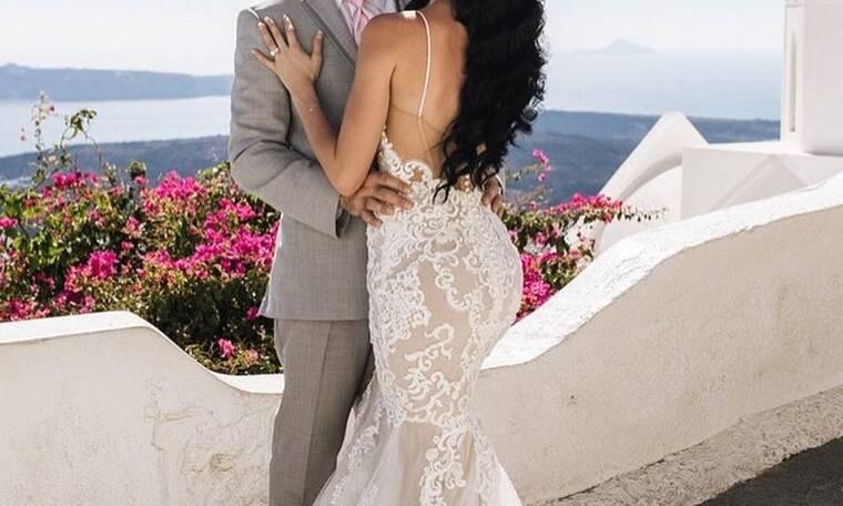 Παραμυθένιος γάμος στη Σαντορίνη!Ο διάσημος πλαστικός χειρουργός & η Ελληνικής καταγωγής γυναίκα του