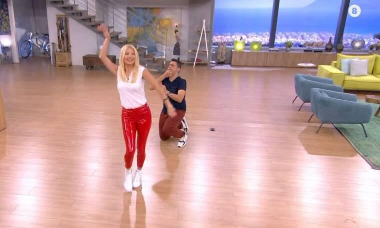 Φαίη Σκορδά: Η εμφάνιση με κόκκινο κολάν και το τσιφτετέλι της μας «τρέλαναν»! (Photos & Video)