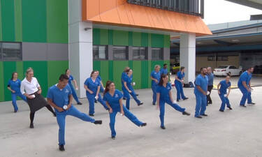 Βίντεο: νοσοκόμες παράτησαν τους ασθενείς και έριξαν στο χορό!