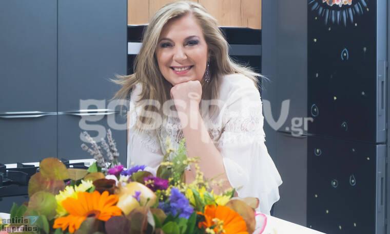 Ντίνα Νικολάου: Παρουσιάσε το νέο τηλεοπτικό project της με επώνυμους καλεσμένους