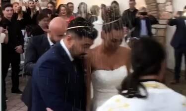 Παντελίδης-Φιλίππου: Η συγκινητική στιγμή στο γάμο όταν χόρεψαν το «Μένω εδώ» του Παντελή (pics+vid)