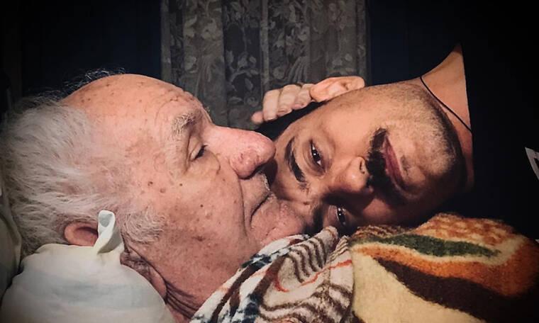 Αργύρης Πανταζάρας: Η άγνωστη πλευρά του «Θέμη» μέσα από συγκλονιστικές φώτο με τον παππού του