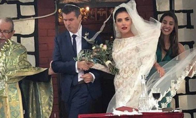 Φωτεινή Δάρρα: Ένα χρόνο μετά το μυστικό της γάμο, αποκάλυψε κάτι που δεν περιμέναμε! (photos)