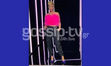The Final Four: Οσκαρική εμφάνιση για τη Ζέτα! Το φούξια top και το μαλλί υπερπαραγωγή (Pics - Vid)