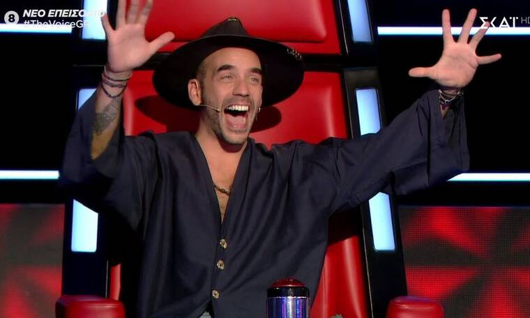 The Voice: Η επική αντίδραση του Μουζουράκη όταν άκουσε το επίθετο της διαγωνιζόμενης (pics & vid)
