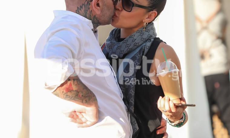 Κλεφτά φιλιά στα... πεταχτά για το ερωτευμένο ζευγάρι! (photos)