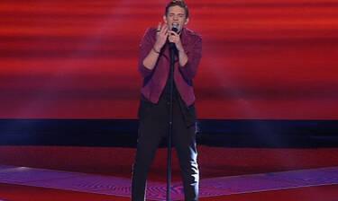 X Factor: Γιάννης Τεργιάκης: Τραγούδησε Ρουβά και αποθεώθηκε! (Pics-Vid)