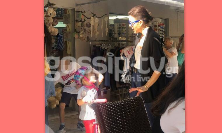 Σίσσυ Φειδά: Με την κούκλα κόρη της στο Ναύπλιο- Δείτε πόσο έχει μεγαλώσει (Photos)