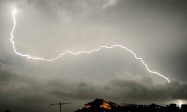 Διακοπή ρεύματος: Μπλακ άουτ στο κέντρο της Αθήνας και στα νότια προάστια λόγω της κακοκαιρίας