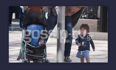 Πριν λίγες ημέρες μάθαμε πως έγινε μπαμπάς, πριν ένα χρόνο και παιδί του ήδη να περπατάει (Photos)