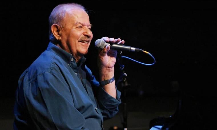 Γιάννης Σπανός: Με λόγια συγκίνησης αποχαιρετά ο καλλιτεχνικός κόσμος τον μουσικοσυνθέτη (photos)