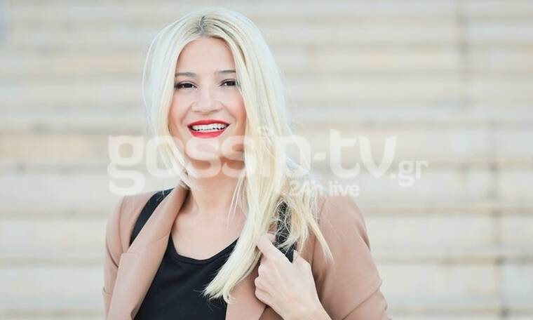 Φαίη Σκορδά: Στιλάτη όπως πάντα! Αυτή είναι η λεπτομέρεια που απογείωσε το look της (Photos)