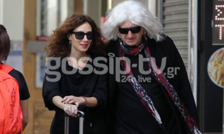 Νίκος Καρβέλας: Οι πρώτες φωτογραφίες με τη νέα του σύντροφο! Αγκαλιά στους δρόμους της Θεσσαλονίκης