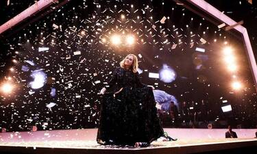 Adele: Όλο και πιο αδύνατη! Θα πάθεις πλάκα μόλις δεις πόσο λεπτή είναι η μέση της (Photos)
