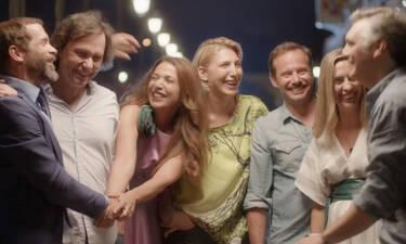 Λόγω τιμής 20 χρόνια μετά: Πρωταγωνίστρια της σειράς αποκάλυψε ότι παντρεύεται! (photos)